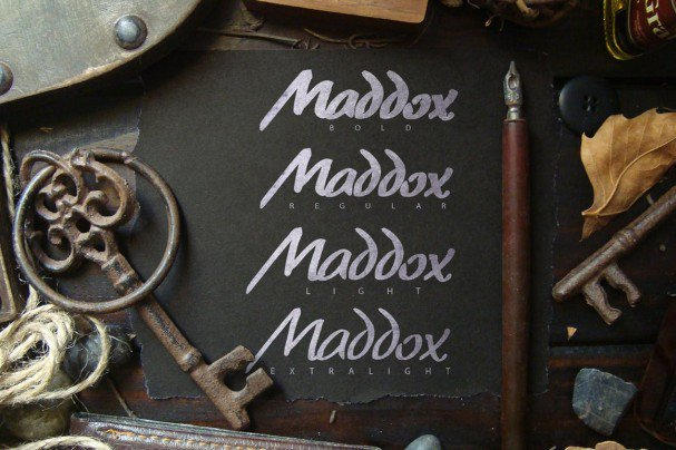 Download Madoxx Brush Typeface font (typeface)